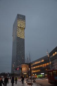 Victoria Tower, Kista, 35 våningar 120 meter högt.